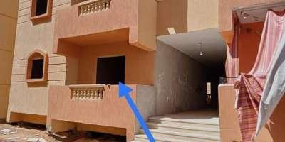 شقة سكنية 80م للبيع كاش بقسم مدينة عشرة رمضان الشرقية